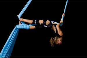 XTREME-show-acrobati-evenimente-spectacole-zile-localitati-corporate-evets-petreceri-nunta-aniversare-festival