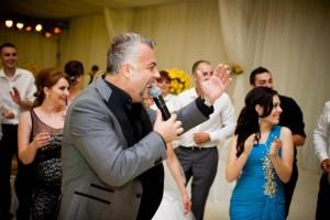 adrian-enache-artisti-nunta-petreceri-botez-aniversari-sarbatori-concerte-evenimente-spectacole-mc-revelion-show-recital-festival-banchete