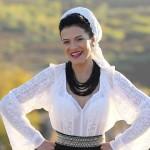 Artisti nunta - olguta-berbec-contact-nunta-botez-petrecere-evenimente-zile-localitati-impresariat